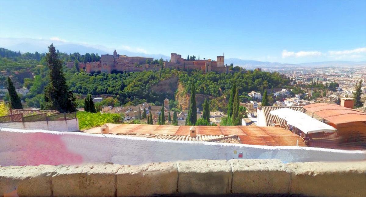 Barrio Albaicín de Granada: mirador San Nicolás