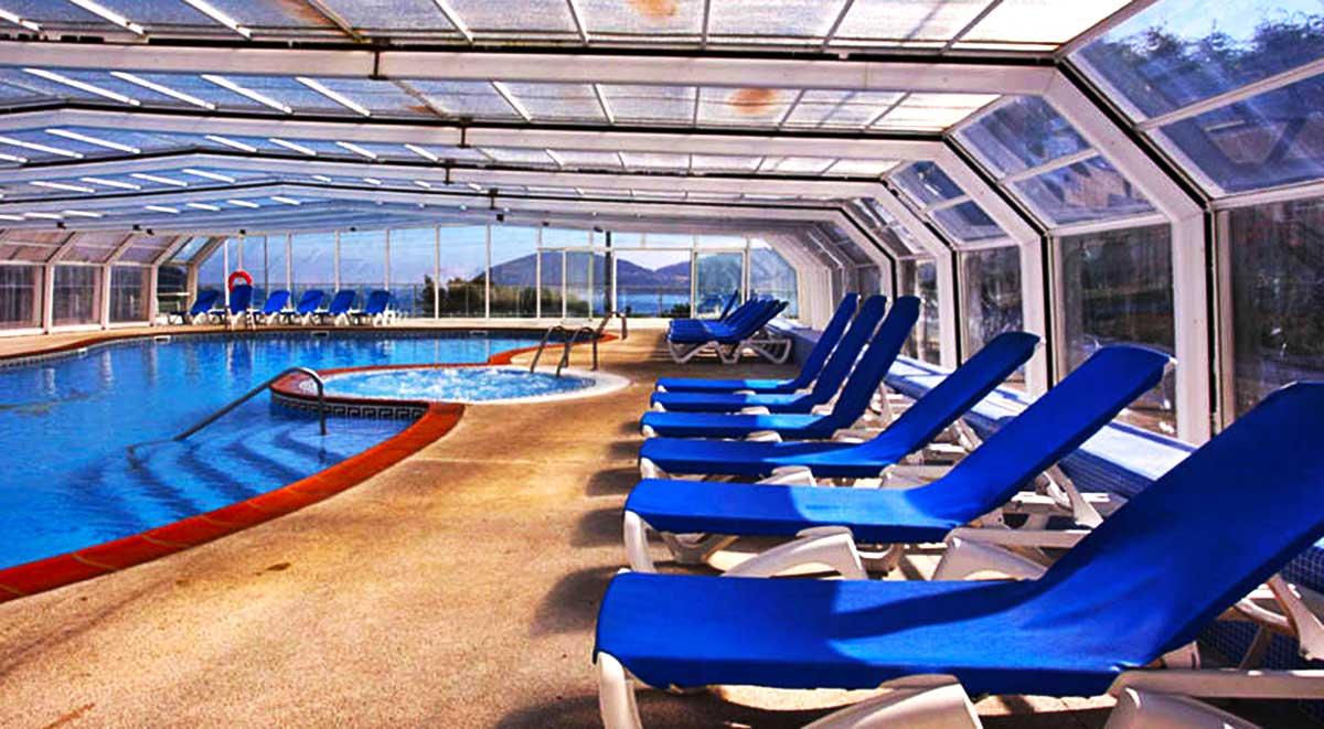 Escapada al Hotel Thalasso Cantábrico Las Sirenas piscina