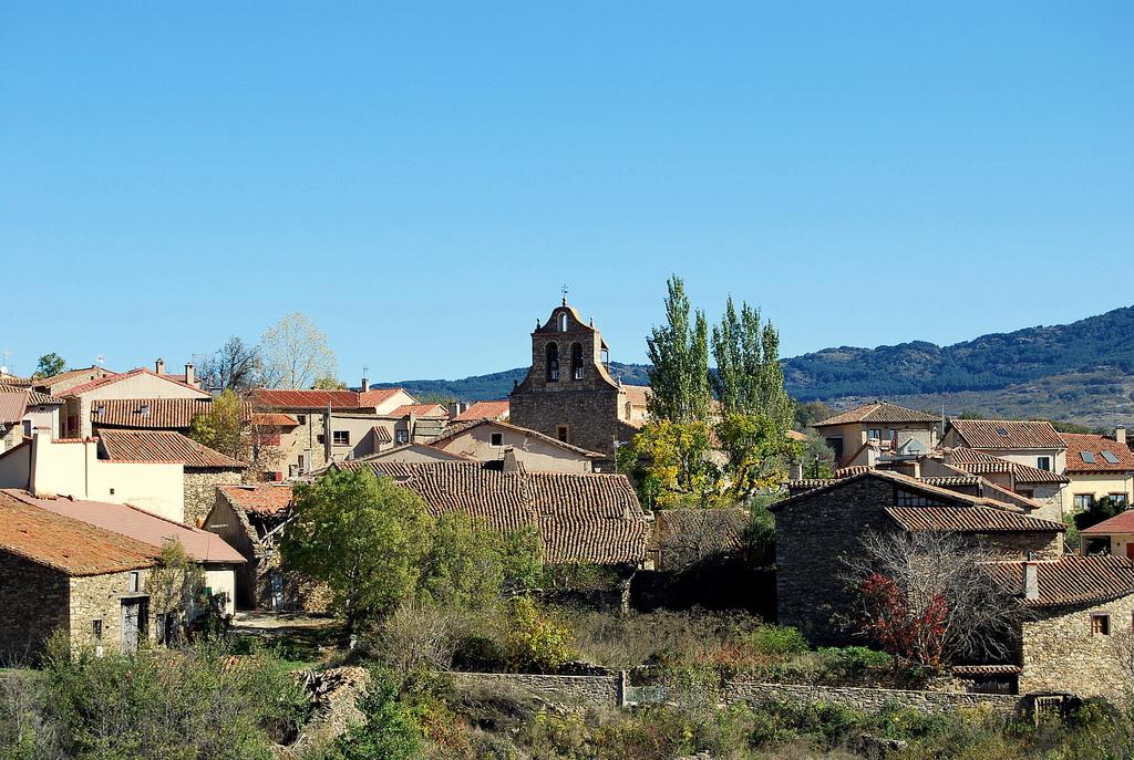 Panorámica del pueblo Horcajuelo de la Sierra