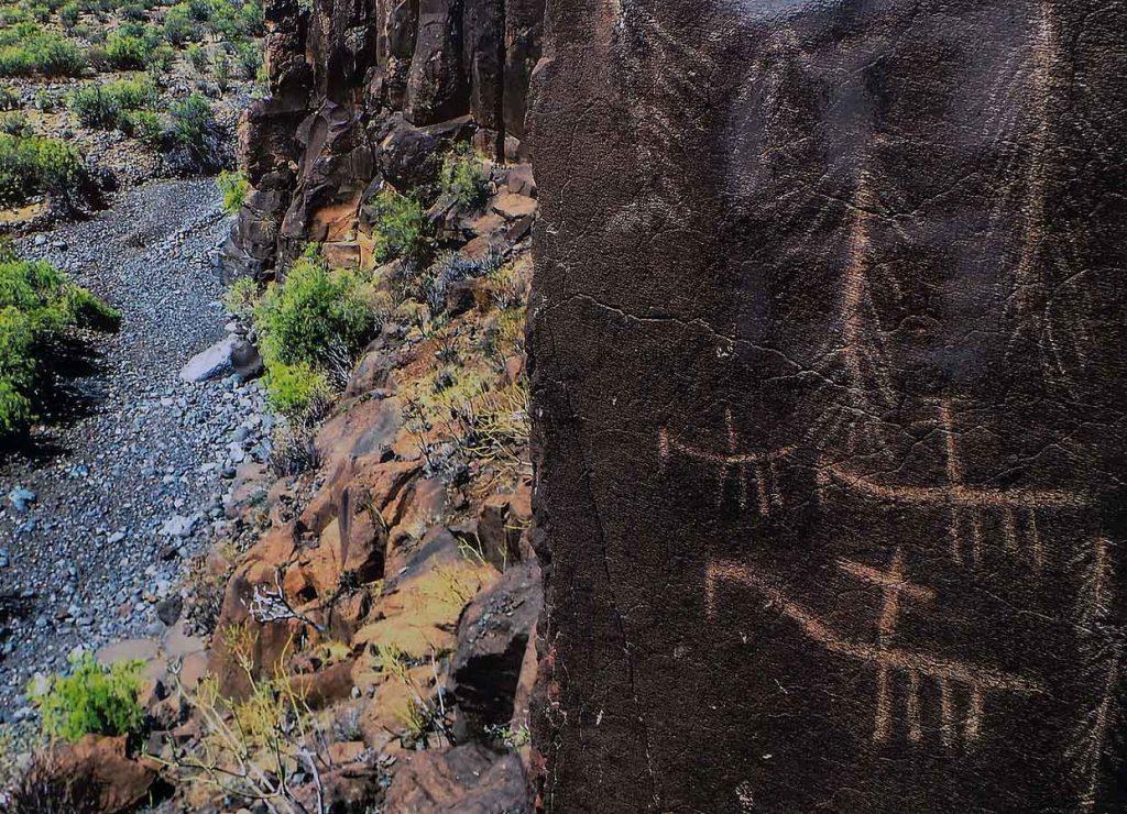 Grabados rupestres del Barranco de Balos (Agüimes)