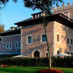 Hotel Castillo del Bosque La Zoreda 5*.
