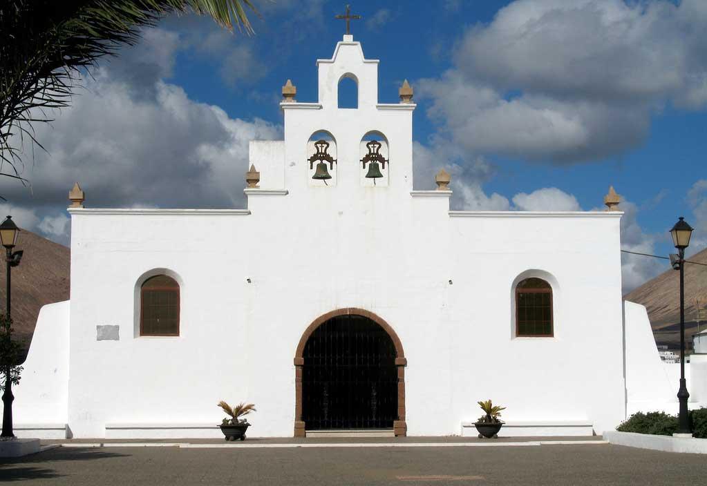 Ruta: Que ver en Lanzarote / iglesia San Antonio de Tias