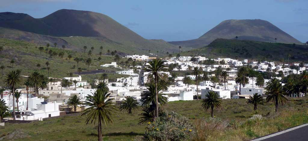 ruta: Que ver en Lanzarote norte y sur / Haria