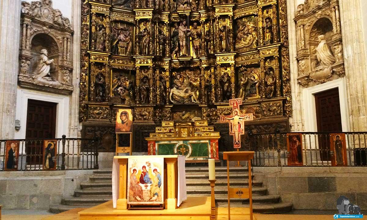 Ruta: Que ver en el Madrid de los Austrias. / Interior Capilla del Obispo.