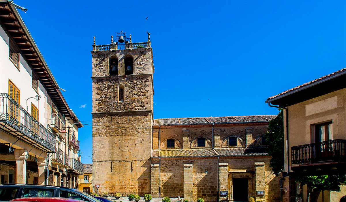 Iglesia de Nuestra Sñra. del Manto de Riaza.