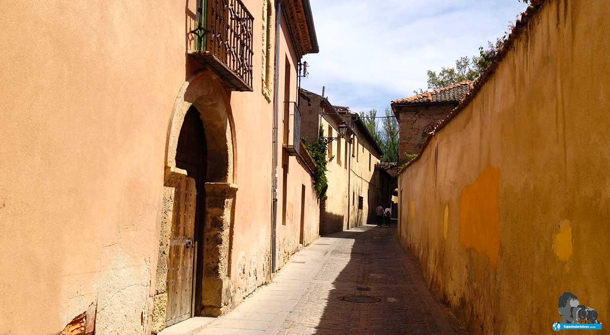 Ruta: Que ver en Segovia. / Barrio de Canonjías