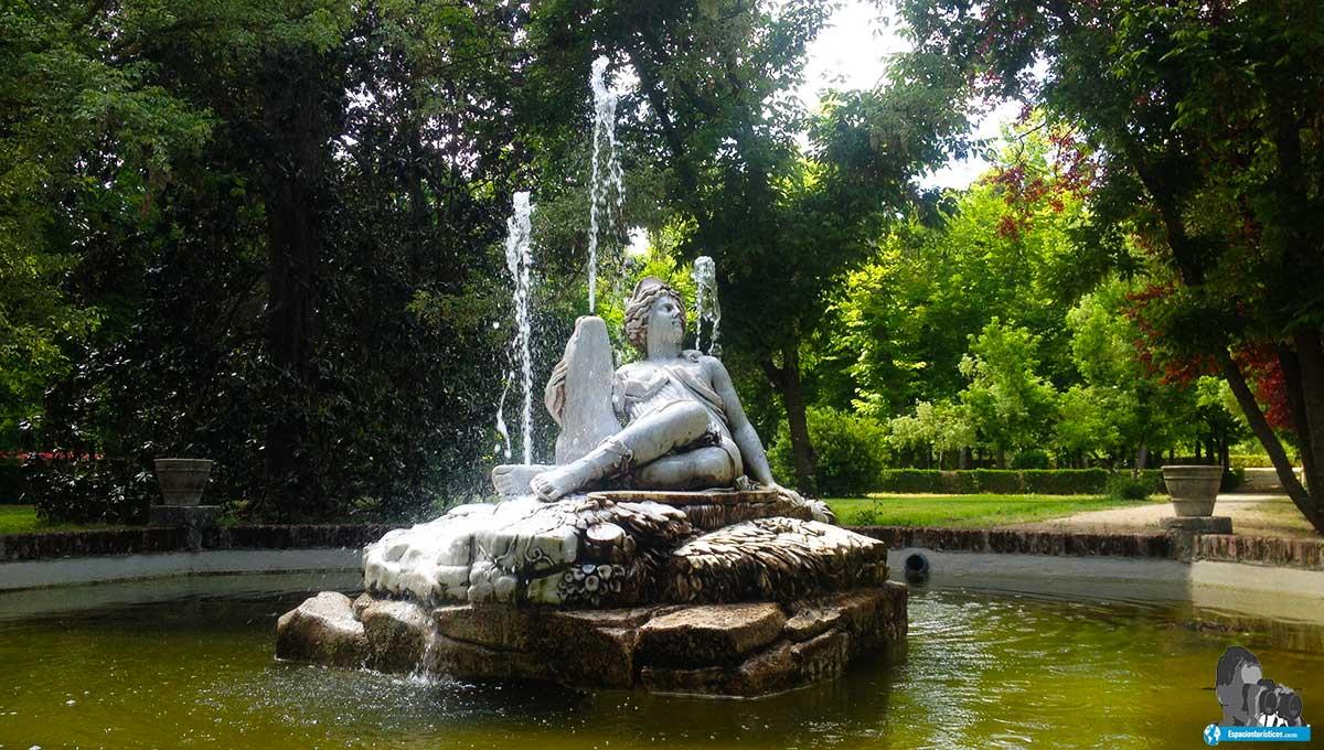 Ruta: Que ver en el jardín de la Isla. / Fuente de Diana