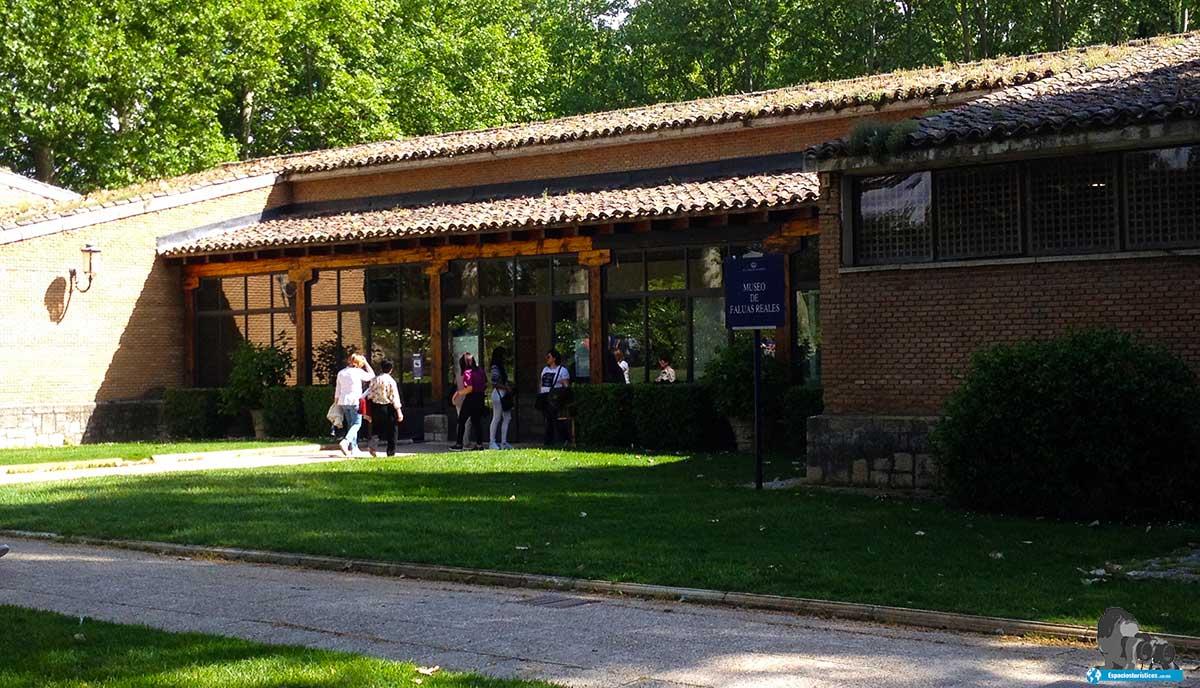 Que ver en el jardín del Príncipe de Aranjuez / Museo Faluas Reales.