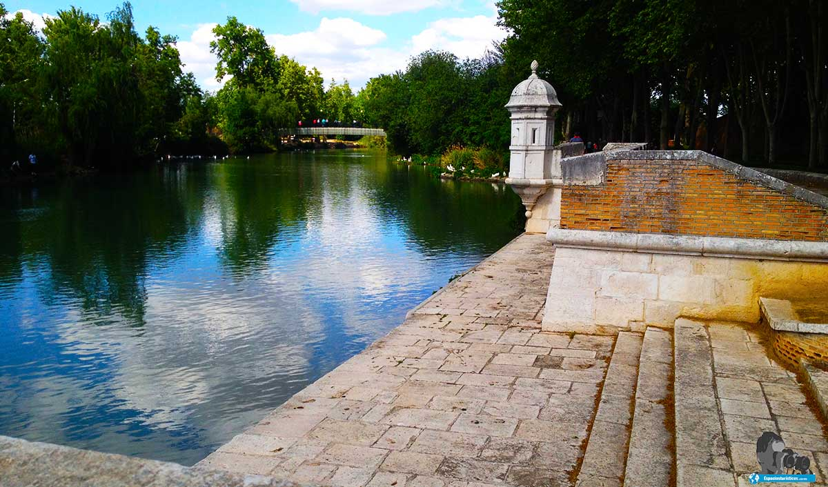 Ruta: Que ver el jardín del Príncipe de Aranjuez. / Embarcadero de Faluas Reales.