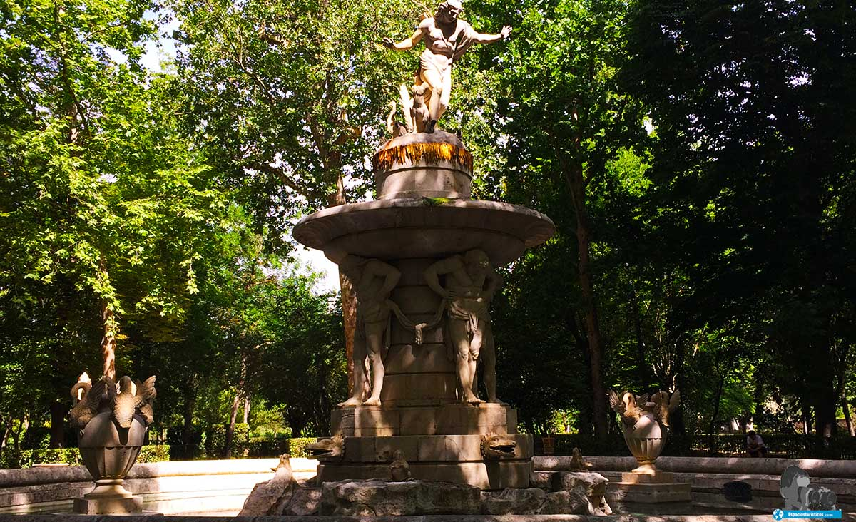 """""""Ruta: Que ver en el jardín del Príncipe. / Fuente del Narciso."""""""