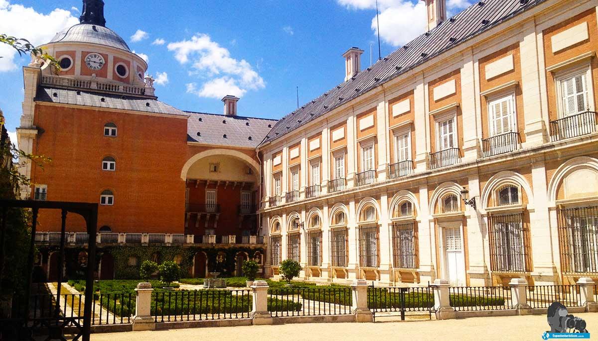 Ruta: Que ver en el Palacio Real y sus alrededores / Jardín de la Rey