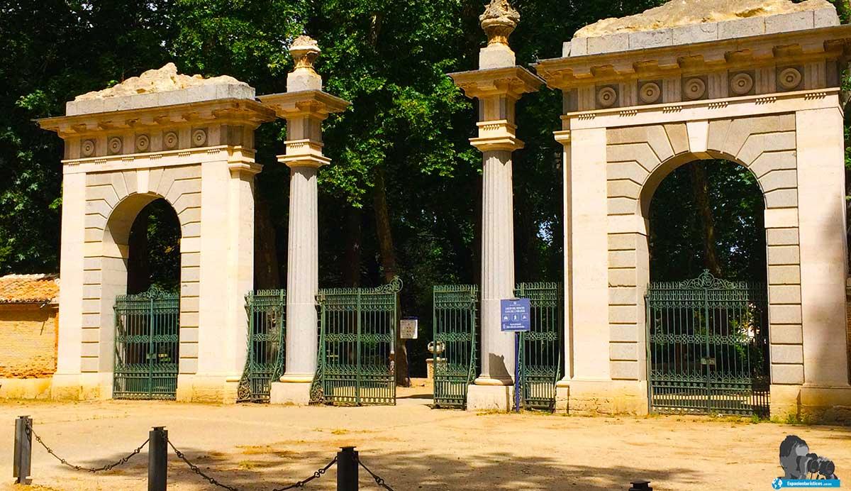 Ruta: Que ver en el Jardín del Príncipe. / Puerta del Infante