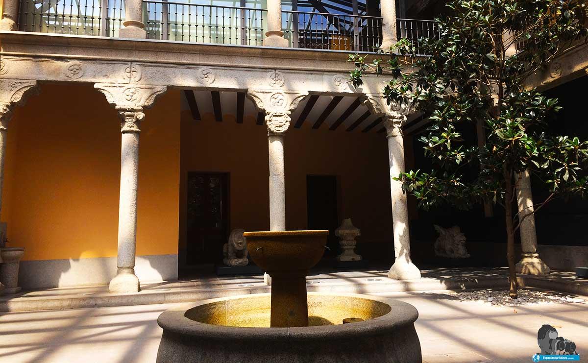 Ruta: Que ver en el Museo Casa de San Isidro. /Patio Renacentista del Museo Casa de San Isidro