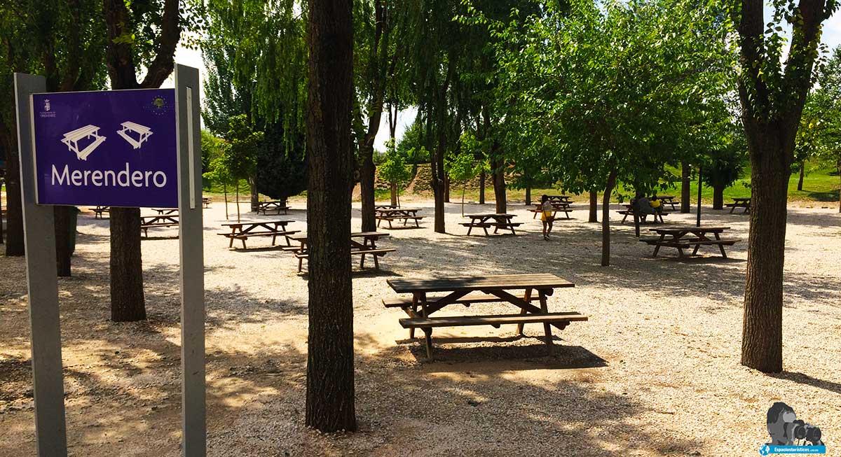 Merendero del Parque Europa de Torrejón de Ardoz