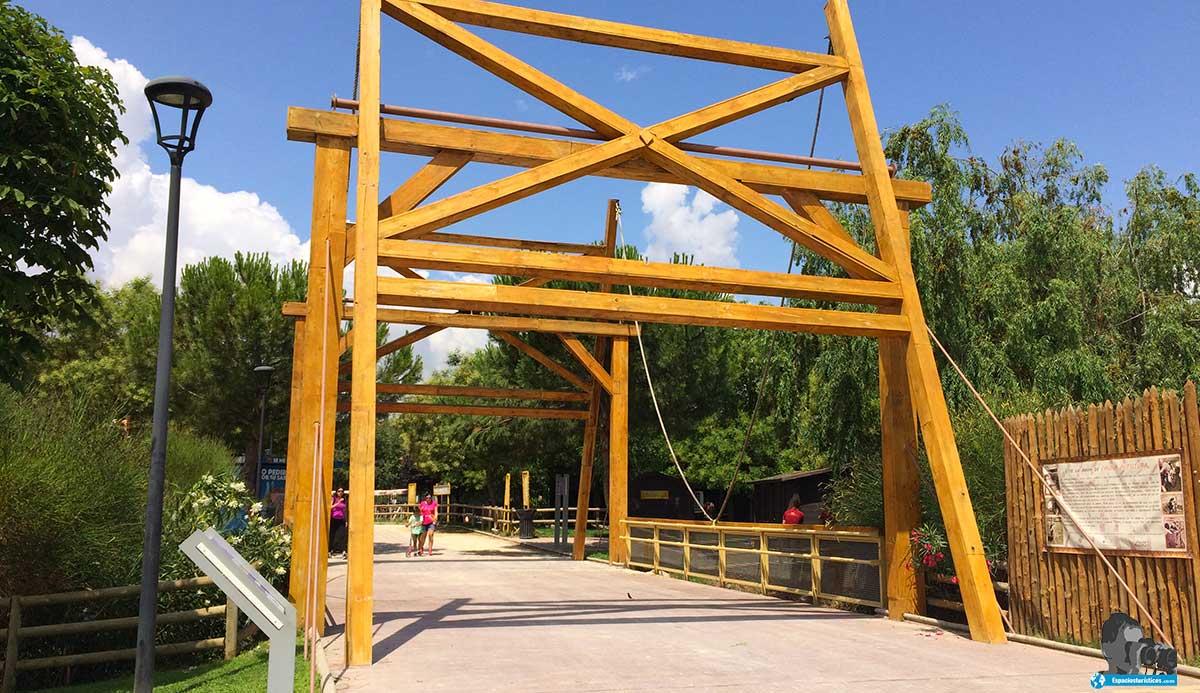 Ruta: Que ver en Parque Europa. / Puente de Van Gogh.