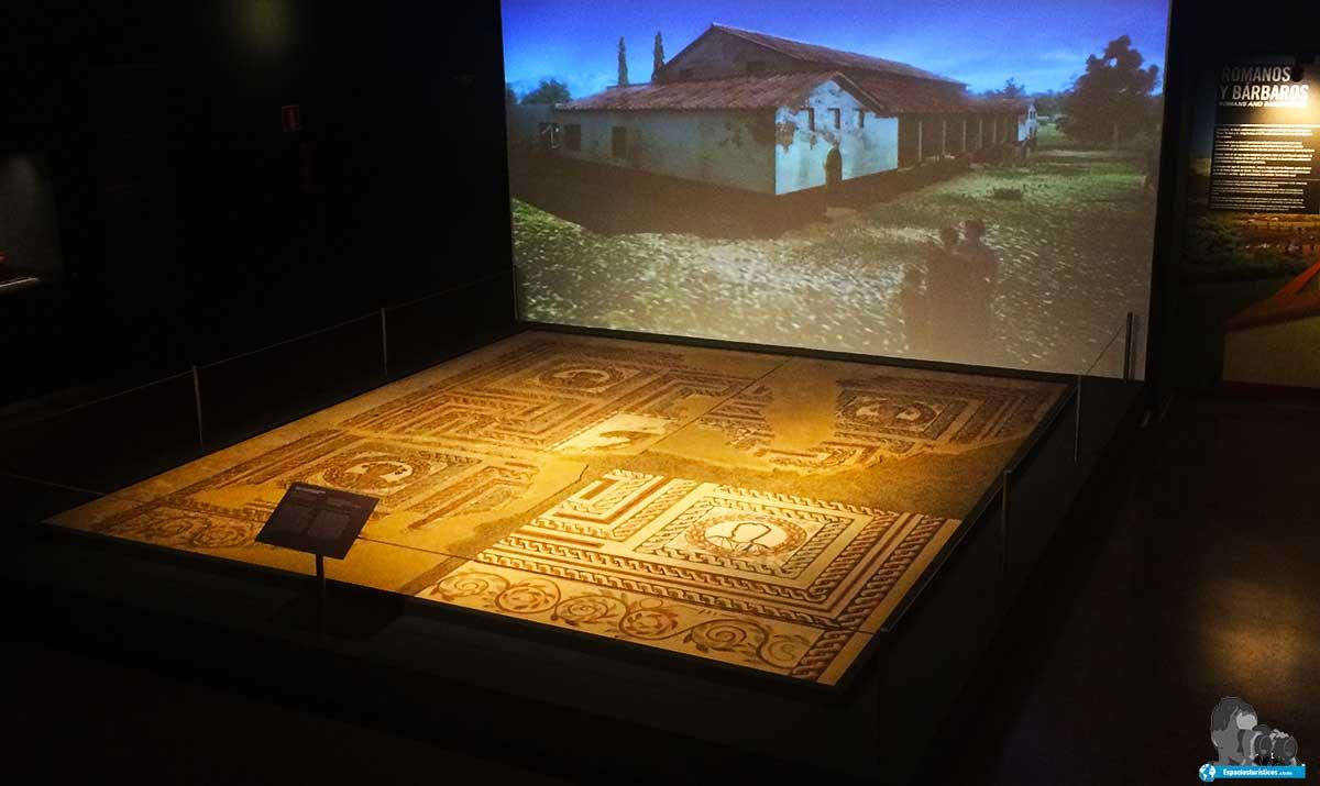 """Sala de exposición"""" Prehistoria """" del Museo de San Isidro de Madrid"""