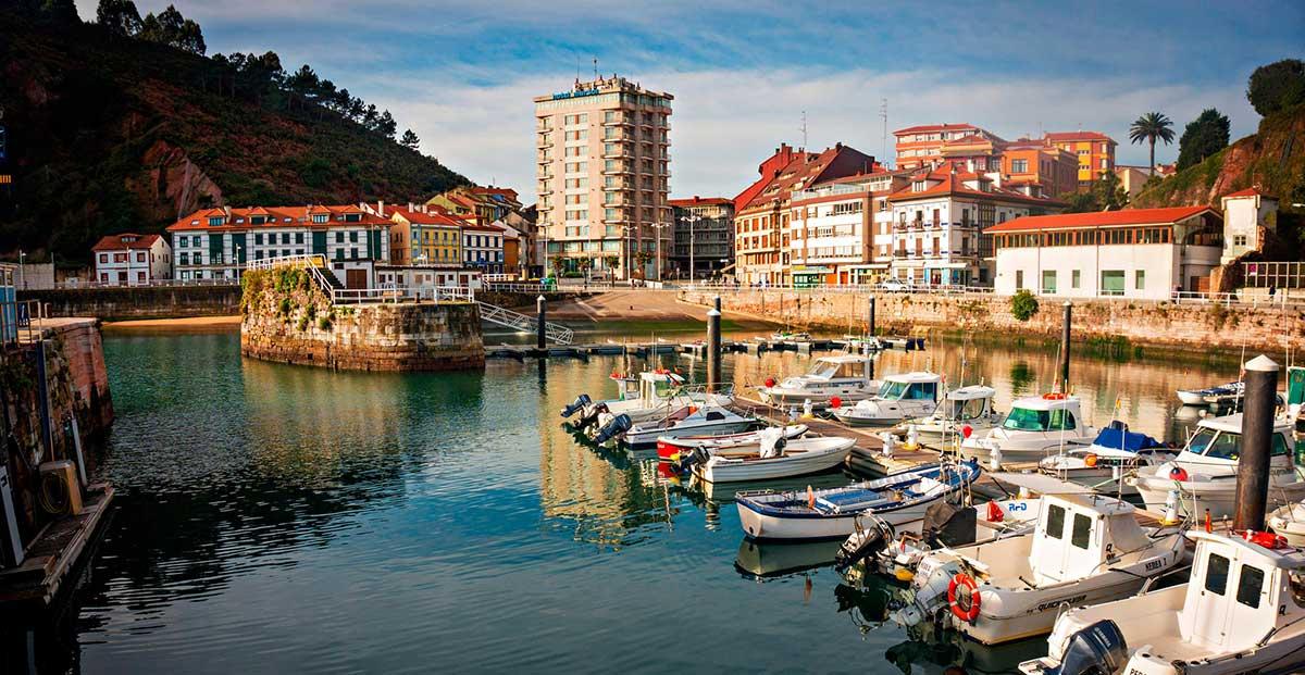 """""""Ruta: 9 pueblos costeros de Asturias. / Candás."""""""