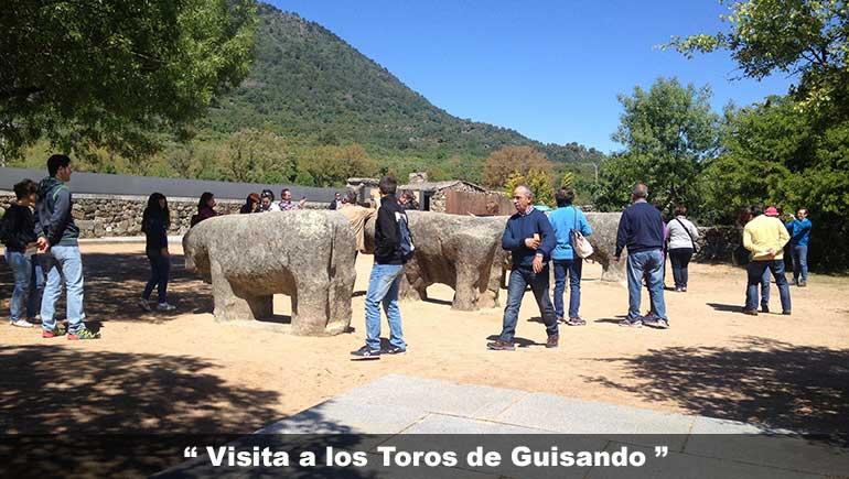 visitantes en los toros de Guisando