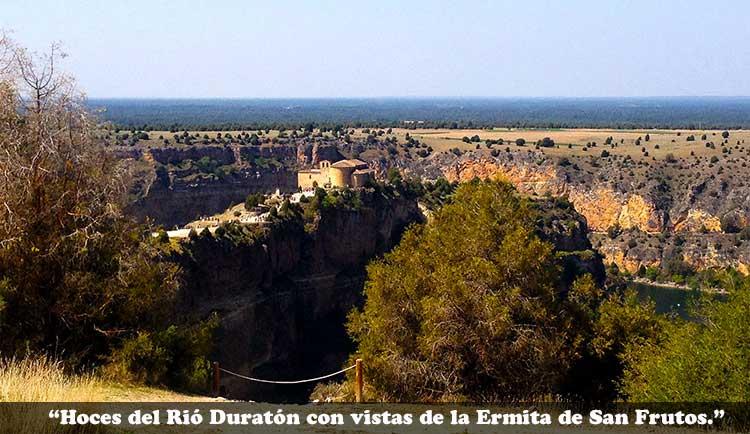 Vista panorámica de las Hoces del Rio Duratón con vistas a Ermita de San Frutos