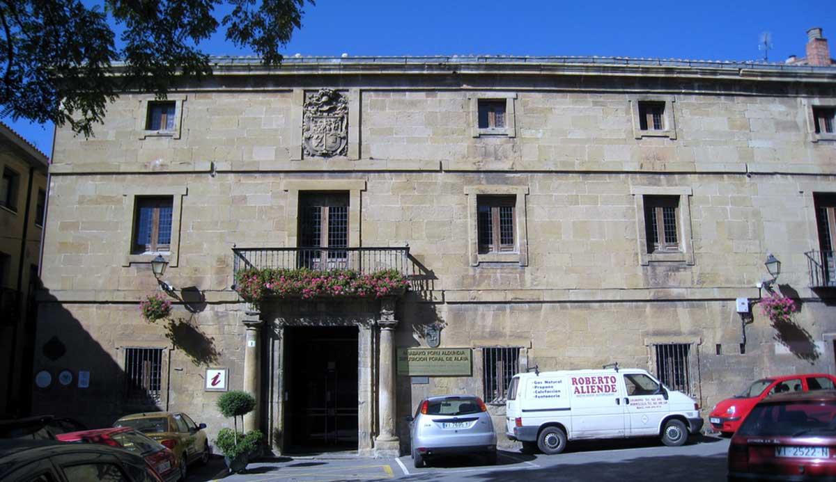 Ruta: Que ver en Laguardia. / Casa natal de Samaniego.