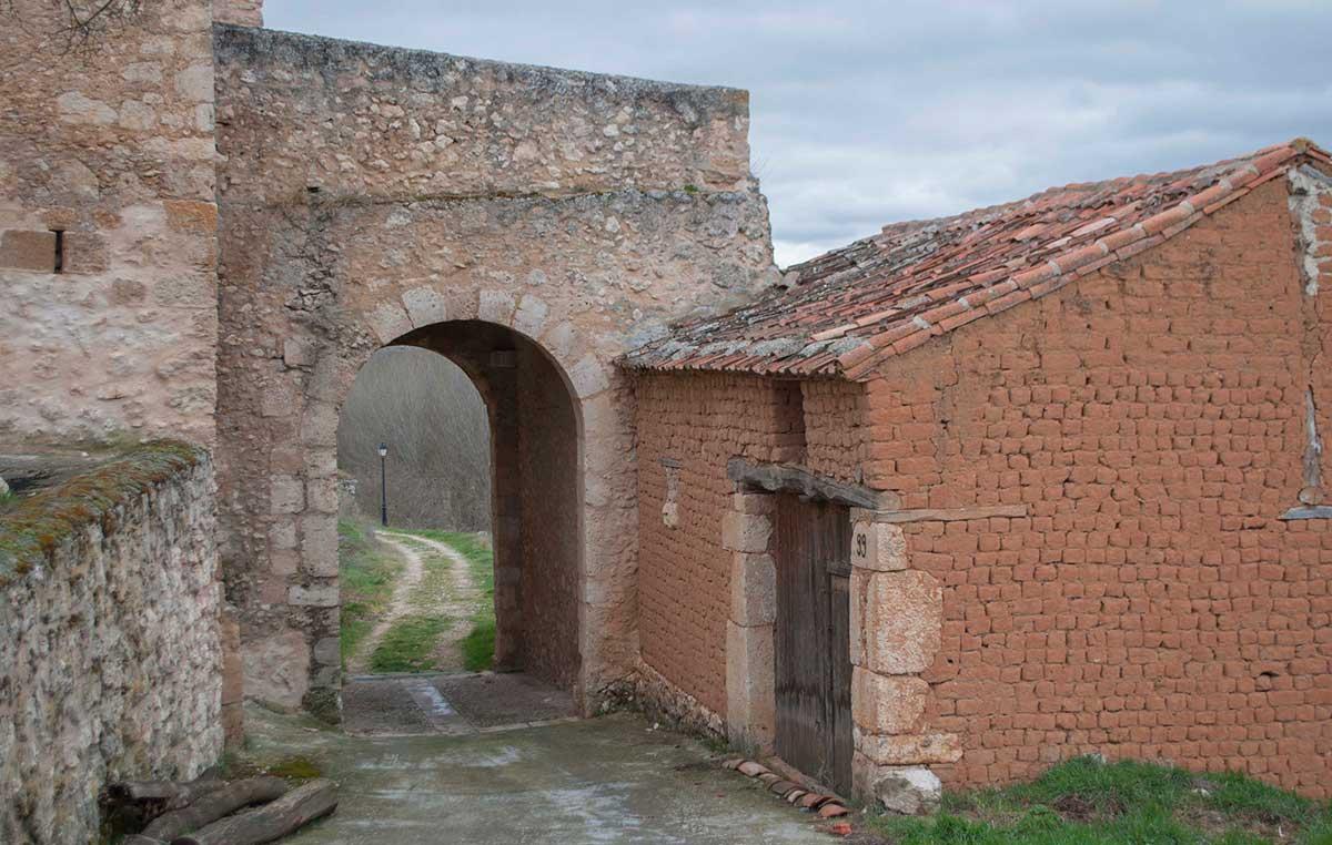 Puerta del Barrio.