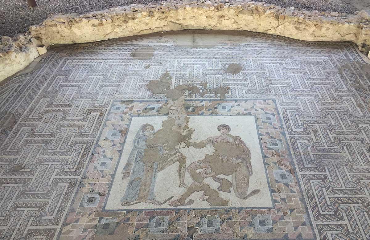 Mosaico del salón de la Casa de Materno