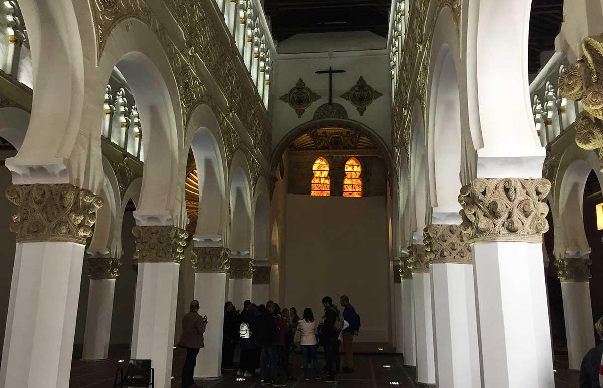 Interior de Sinagoga Santa María la Blanca de Toledo