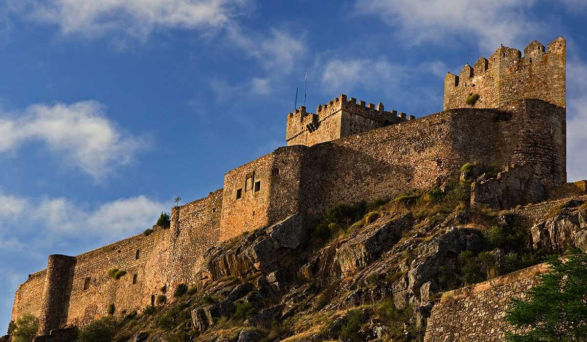 Castillo de Alburquerque o de Luna