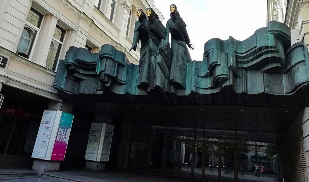 Fachada Teatro Nacional del Drama de Vilnius