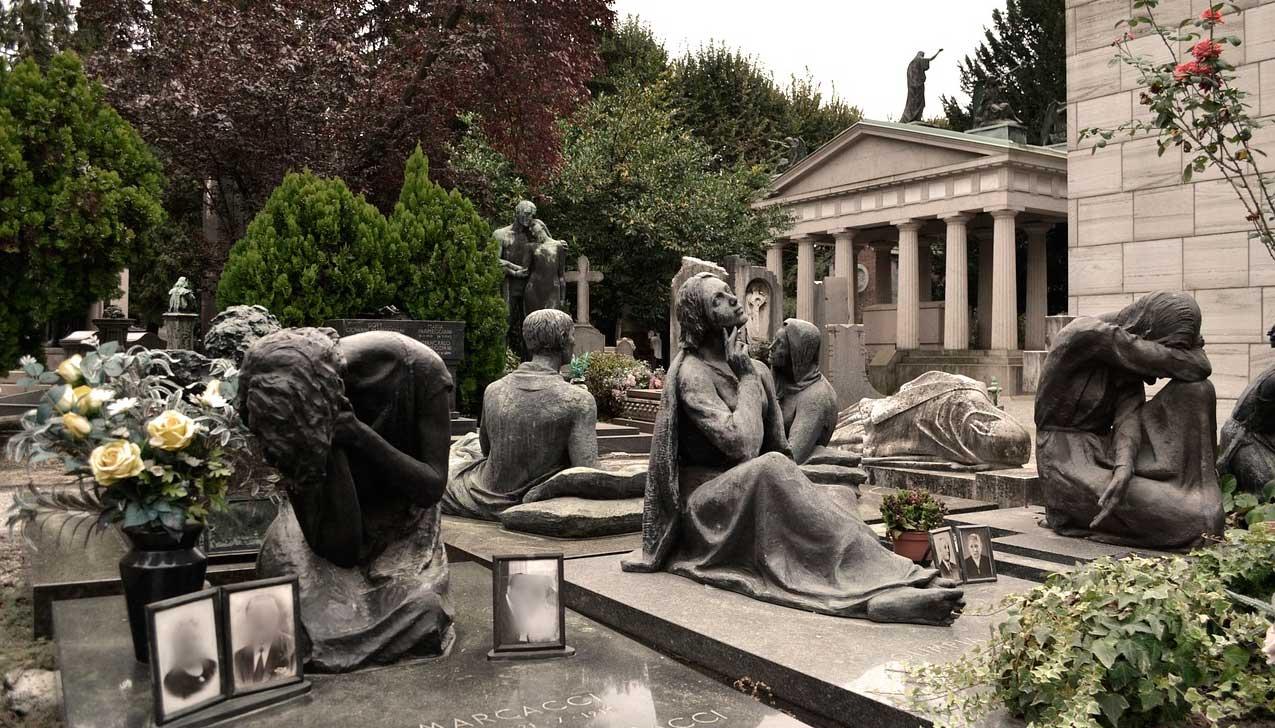Tour por el Cementerio de Milán