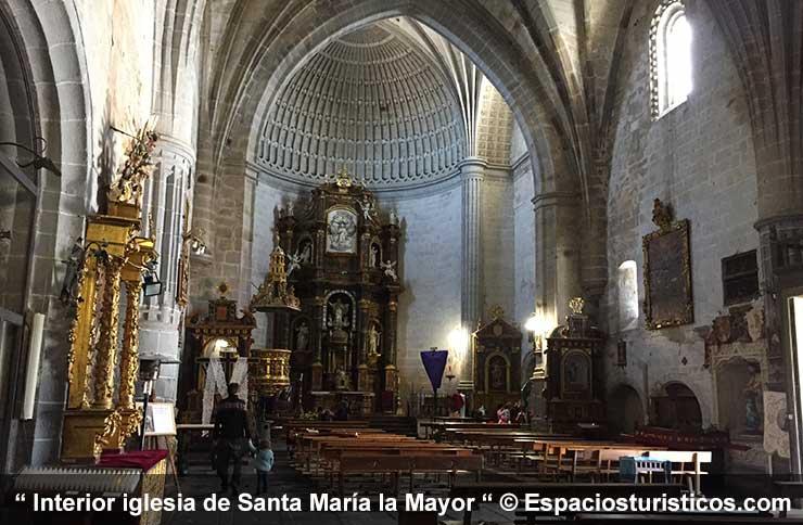 Interior iglesia de Santa María la Mayor de Ledesma
