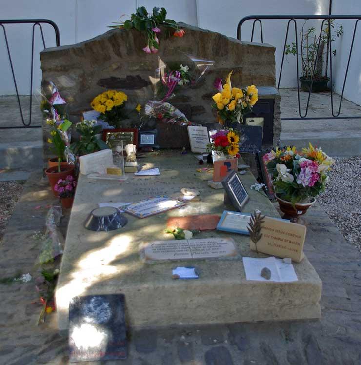 Tomba d'Antonio Machado al cementiri de Cotlliure