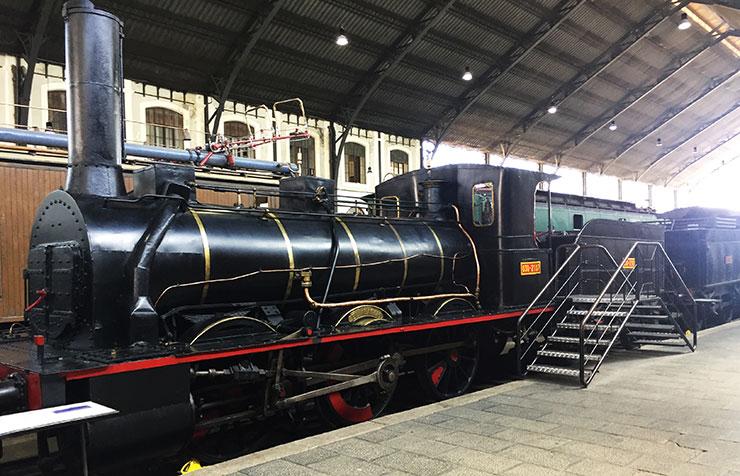 Locomotora de vapor El Alagón en el Museo de Ferrocarril de mADRID