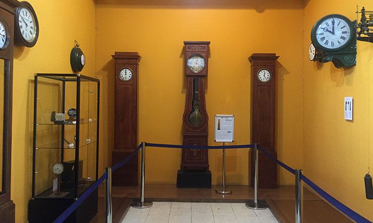 Sala de relojes del Museo del Ferrocarril de Madrid