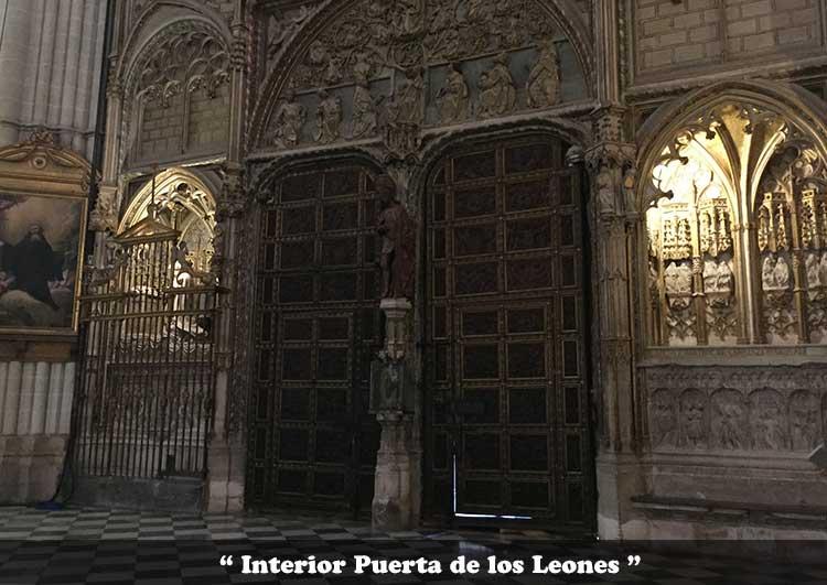 puerta de los Leones