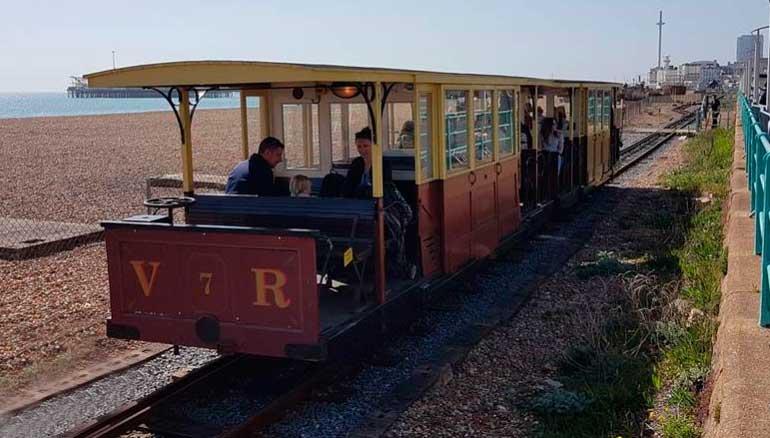 La imagen tiene un atributo ALT vacío; su nombre de archivo es tren-Bristhon.jpg