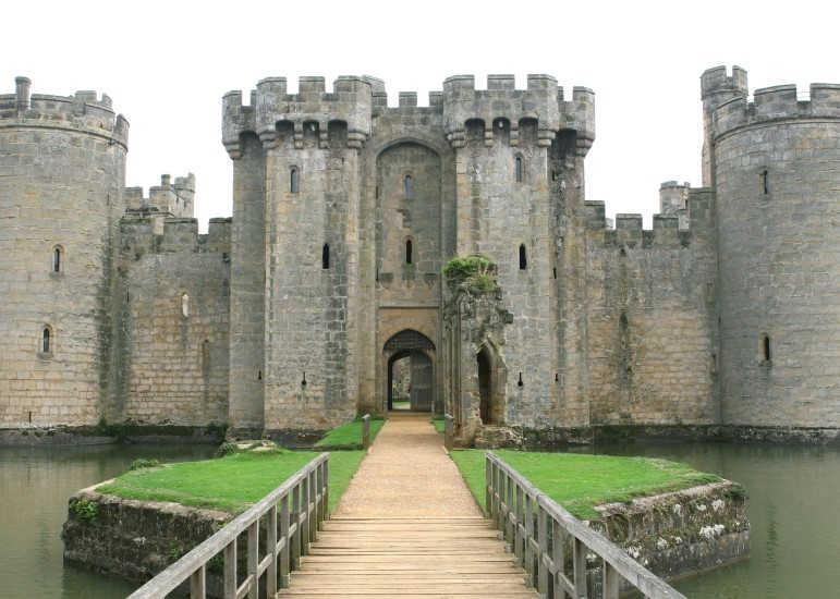 Castillo de Bodiam-Sudeste de Inglaterra-Sussex del Este