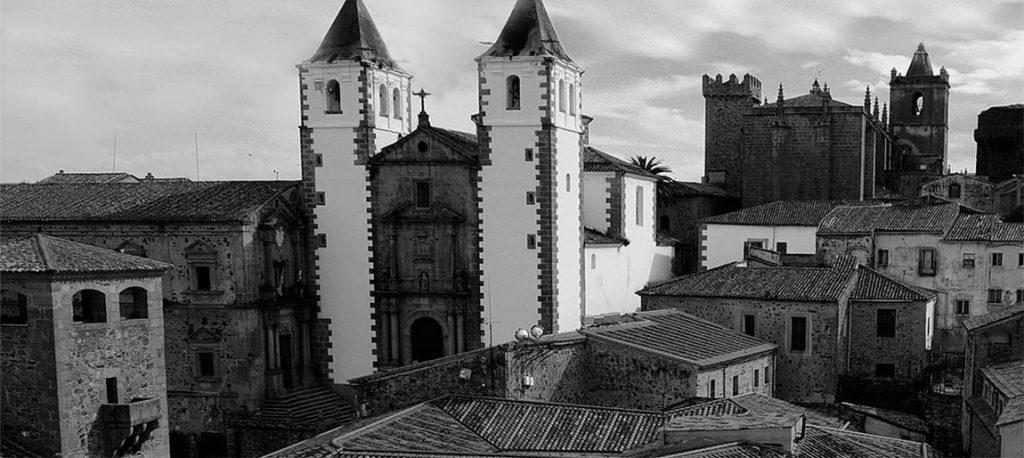 Guía de Cáceres (España)