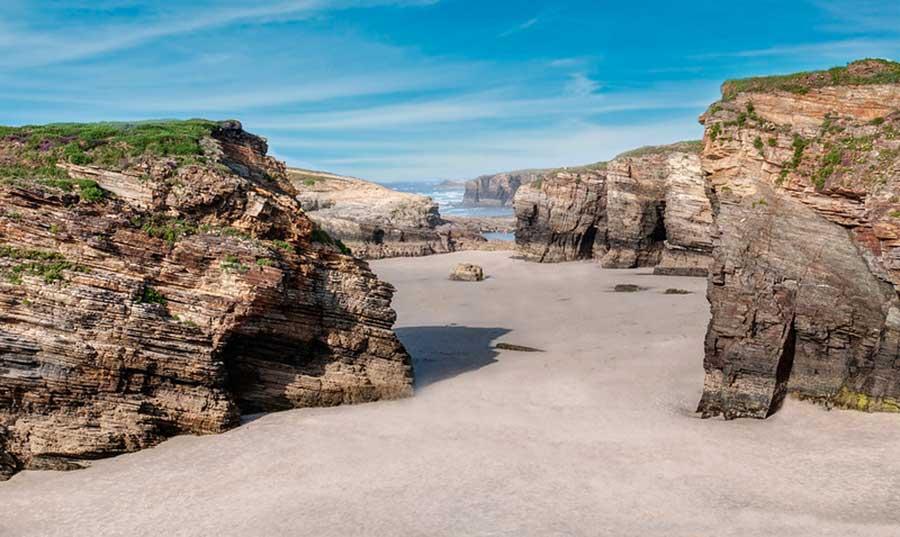 Playa de las Catedrales de Ribadeo (Galicia)