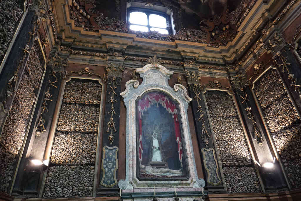 Iglesia de San Bernardino alle Ossa de Milán